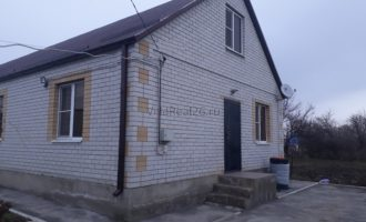 Коттедж с ремонтом, ул. Садовая