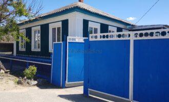 Продается отдельно стоящий дом в самом центре города.